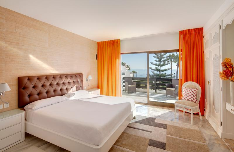 Coral Beach Aparthotel | Marbella, Málaga | Best price guaranteed!